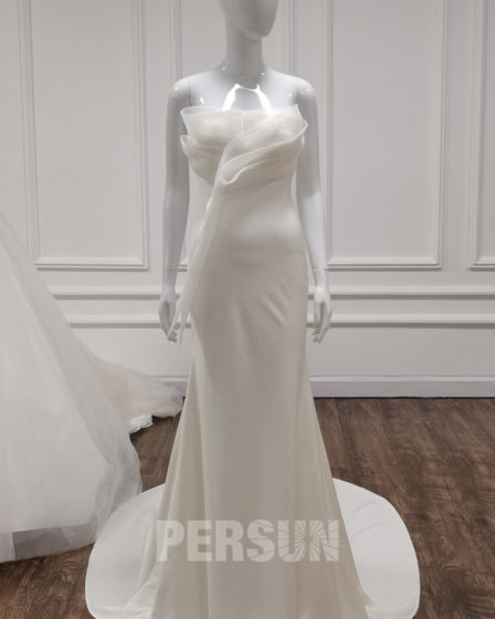 robe de mariée moulante simple bustier drapé fantaisie